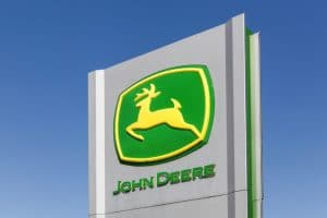 psychology of color in advertising john deere green